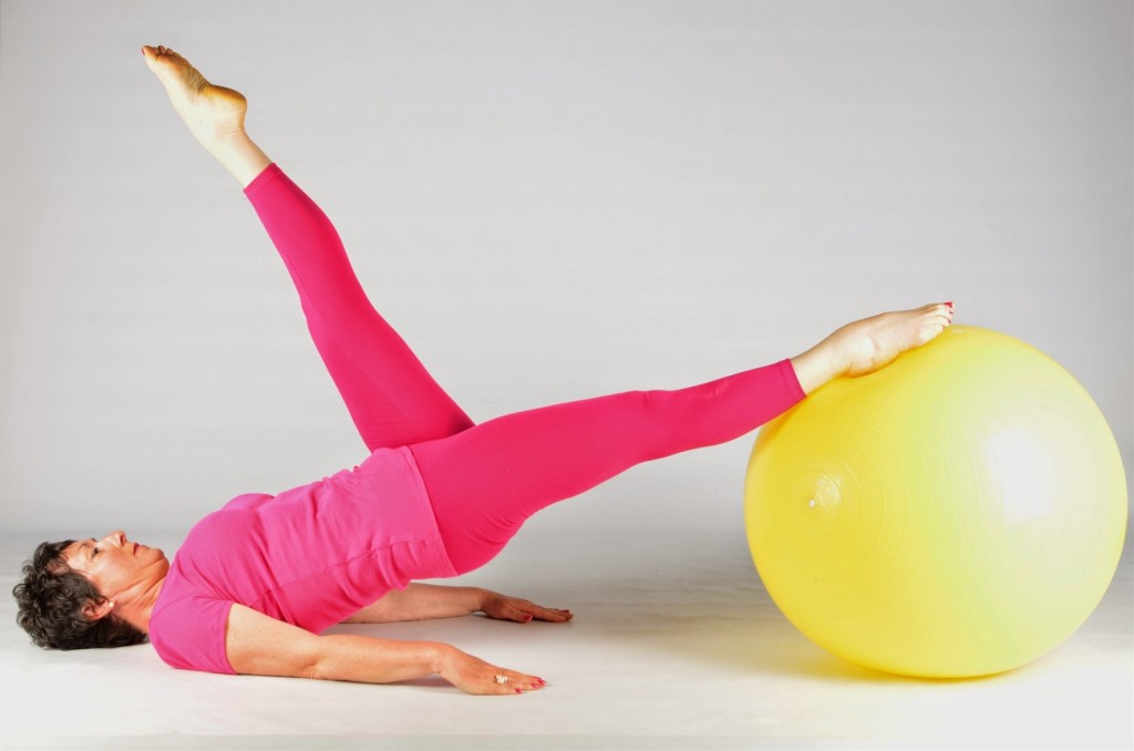 Gros ballon 2 cours pilates nantes-large